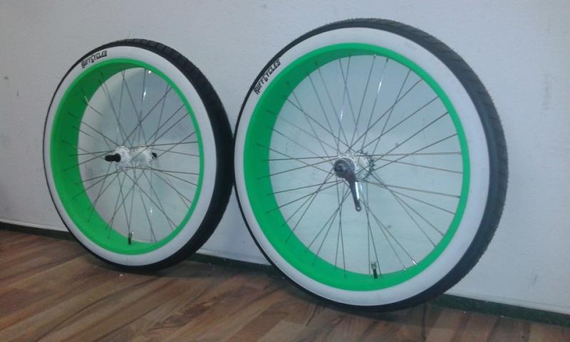 Grün 24 x 100